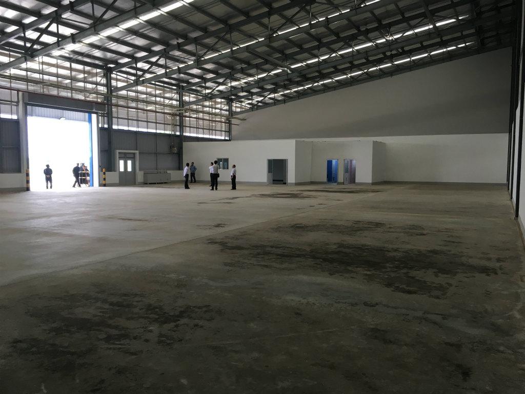 マブチカンボジアマブチ工場内